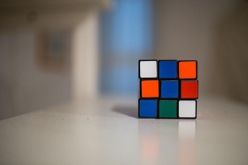Solving Problems in JavaScript: Recursive vs Iterative